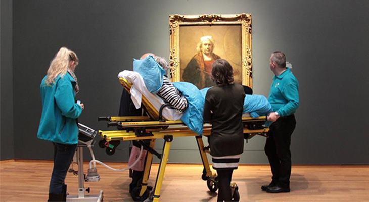 Последним желанием этой женщины было посетить художественный музей в Амстердаме