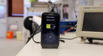 Изобретён наноаккумулятор для телефона