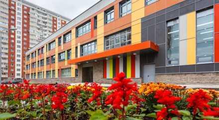 Каждый год в России будут появляться 100 тысяч новых мест в школах