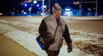 Рабочий из Детройта 10 лет ходит пешком на работу за 33 километра