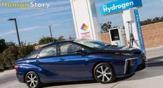 Появился первый серийный автомобиль на водороде