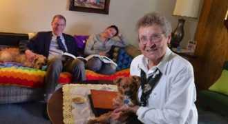 96-летняя американка удочерила эмигрантку из Камбоджи
