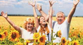 Трудностям вопреки: в мировом рейтинге счастья Россия поднялась на 8 мест