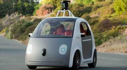 Беспилотные автомобили через 4 года разрешат использовать в Великобритании