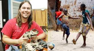 Волонтёр изобрёл безразмерную обувь для детей Африки