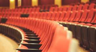 В день театра скидки на билеты составят до 90%