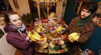 Россияне делятся едой через социальные сети