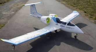 В мире появился полностью электрический самолёт