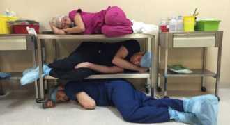 Мексиканский блоггер пристыдил врача за сон на работе, но получил впечатляющий ответ