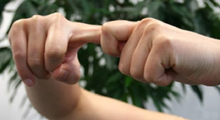 Хруст большого пальца при сгибании